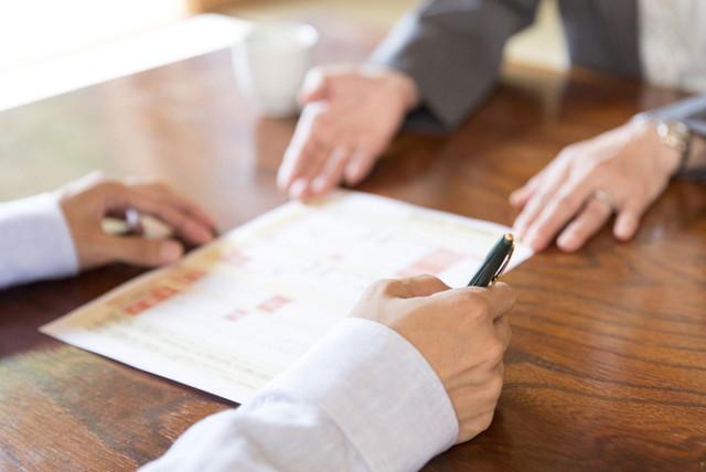業者との商談のイメージ