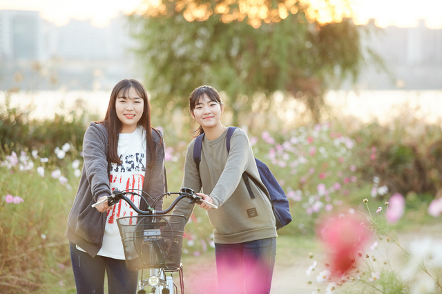 友達と自転車