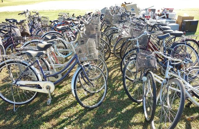 粗大ごみの自転車
